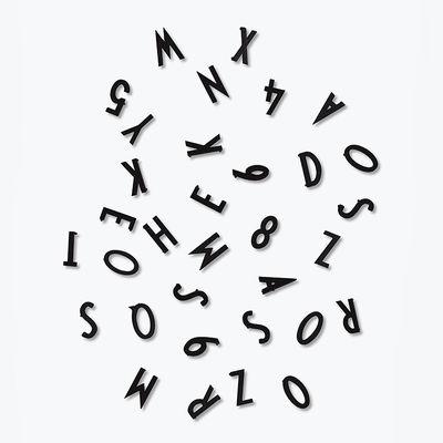 Conjunto de figuras e letras pequenas - por Arne Jacobsen / Para painel perfurado de letras de Design Design preto letras Arne Jacobsen