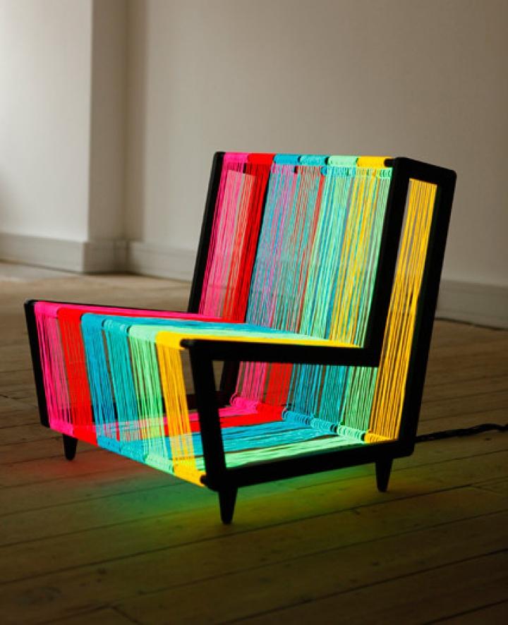 hard-chair_by_kiwi-and-pom_2