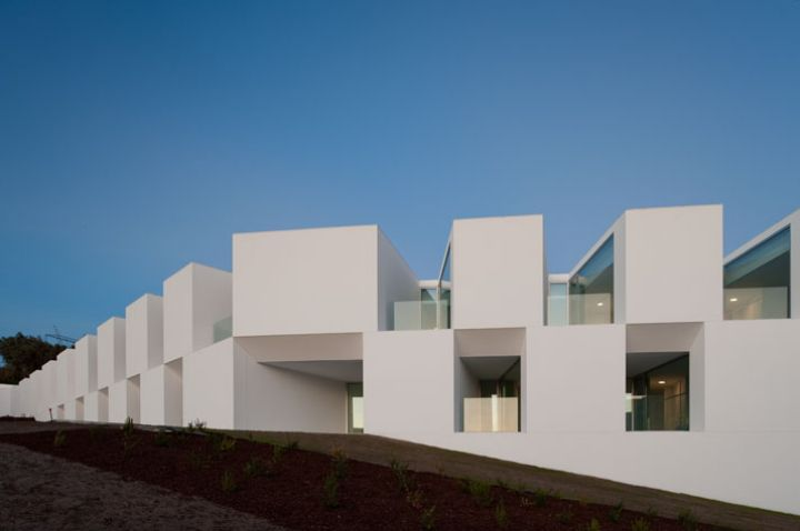 ALCACER-DO-SAL-FORM-by-Aires-Mateus-architects-photo-Fernando-and-Sergio-Guerra-yatzer-18