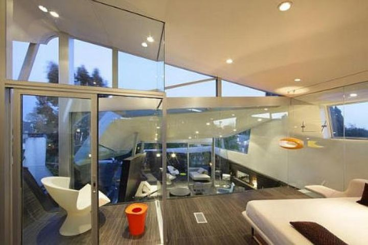 Venice-Beach-Residence-by-Anthony-Coscia-Upper-Level