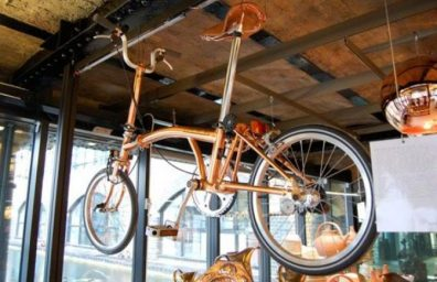 tom-Dixon-Brompton-πτυσσόμενα-ποδήλατο-χαλκού-1