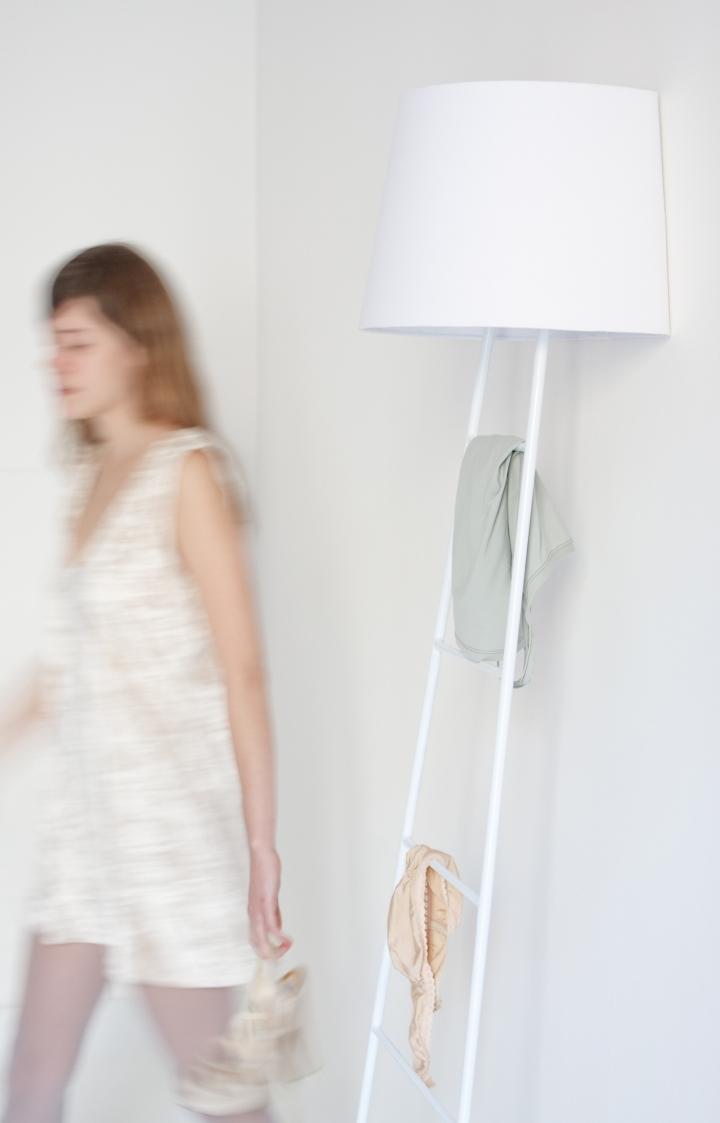 Sleepy_Lamp_design_by_Studio_Klass_for_BUSSO_02