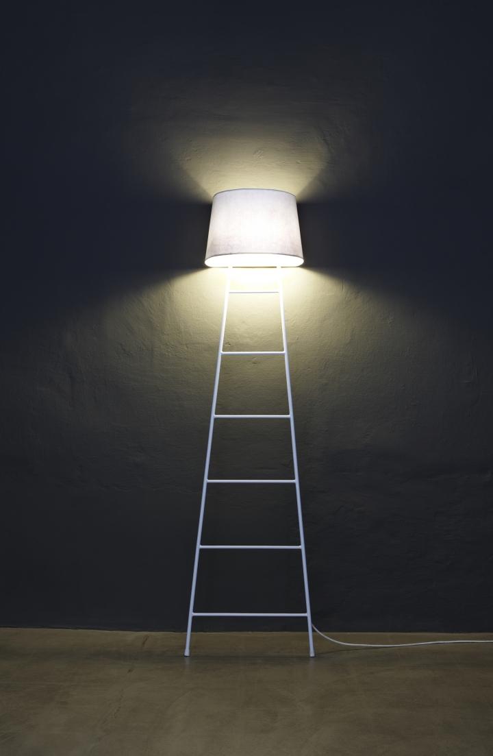 Sleepy_Lamp_design_by_studio_Klass_for_BUSSO_amb