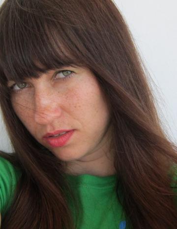 Kopfschuss-Branimira Ivanova