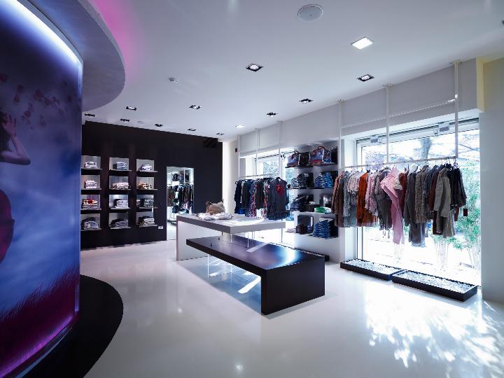 alberto apóstolos ELISEO loja de moda 04