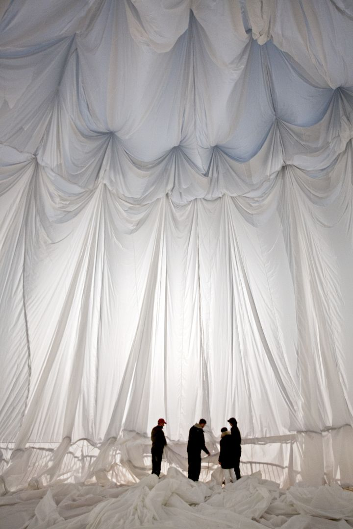 big air christo jeanne-claude package 012