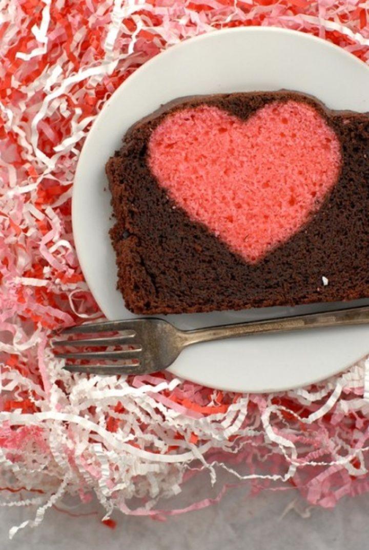 Sweet Valentine une prune avec un cœur à l'intérieur 03