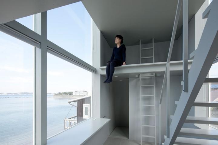 Yasutaka-Yoshimura-achitèk-fenèt-kay-designboom-05