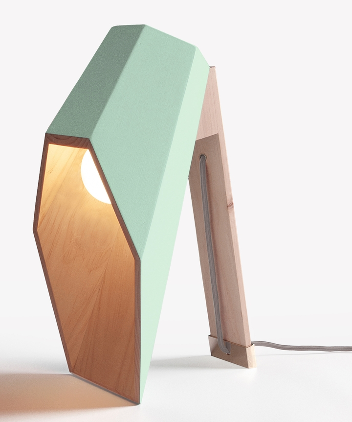 Alessandro Zambelli λάμπα woodspot Κοινωνικής Σχεδιασμός Magazine-09