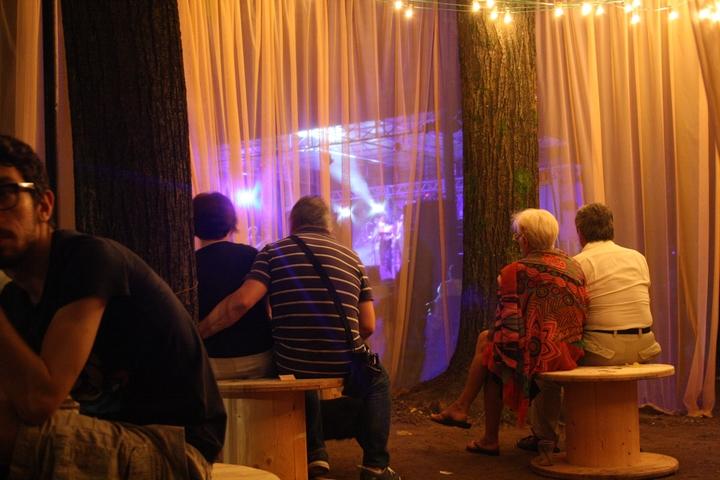 2014 Bullaugen Chillout-Pavillon Social Design Magazin-17