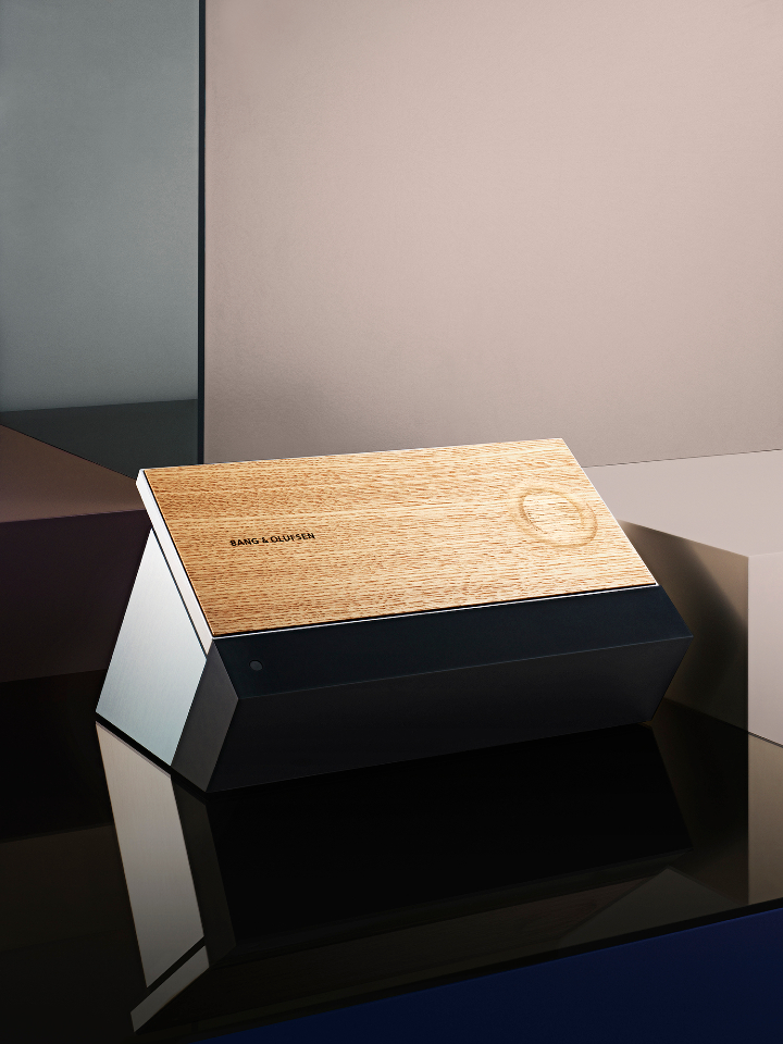 BeoSound-Moment-Front-Wood-Low-Res-2.jpg