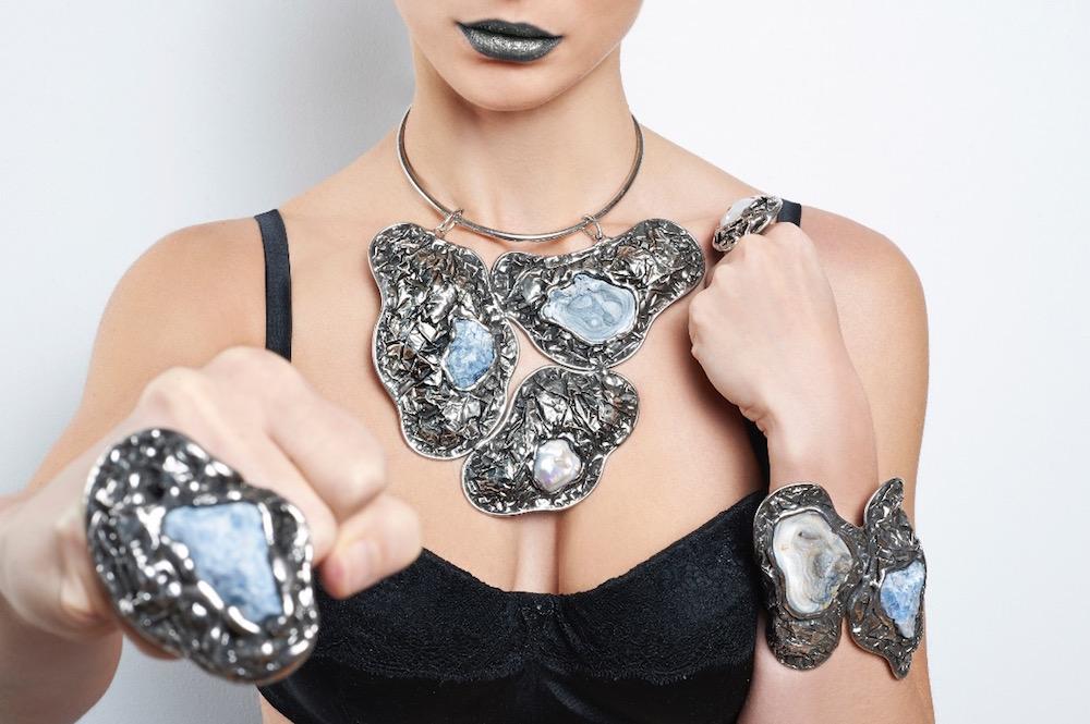 Κοσμήματα, κοσμήματα και τις τάσεις της μόδας Sabo Ρομά