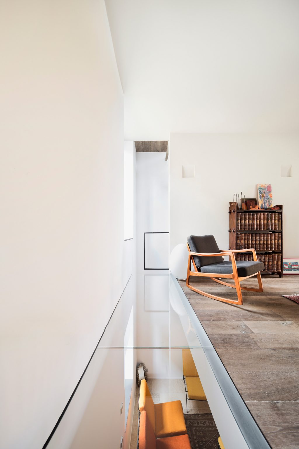 vertikale Loft Westway Achitects, Vintage-Möbel