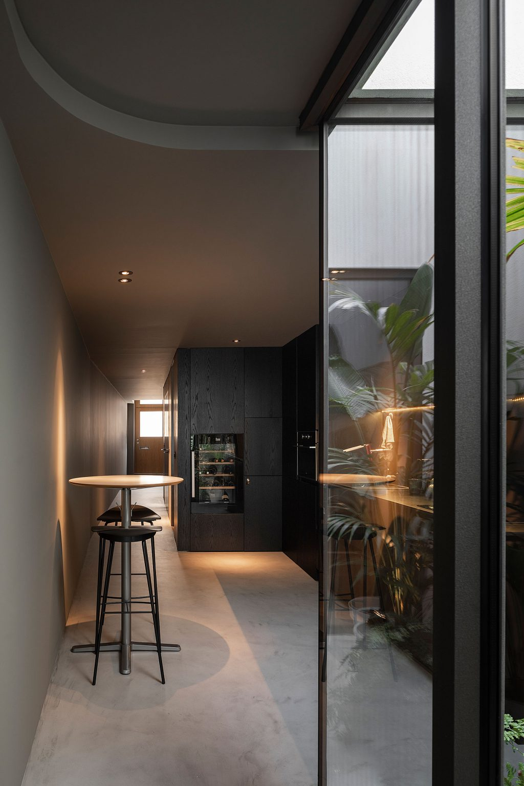 Renovation of a long and narrow house in Beira Mar - Paulo Martin ARQ & DESIGN
