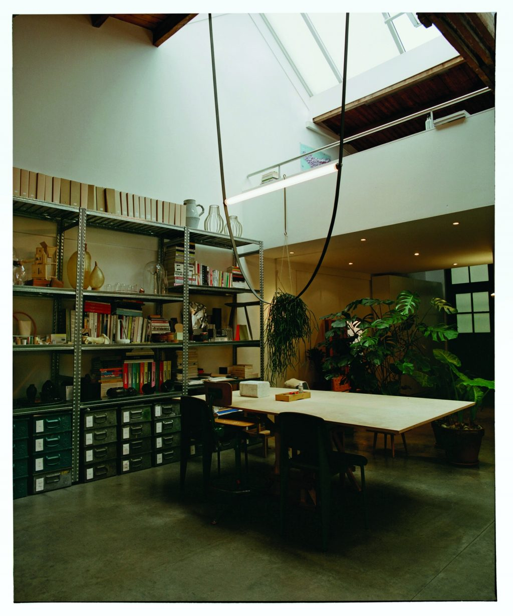 The power cable as a design element, WIRELINE - Formafantasma for FLOS
